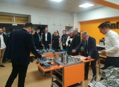 FOTO-VIDEO: Continental continuă seria investiţiilor la Facultatea de Inginerie din Sibiu