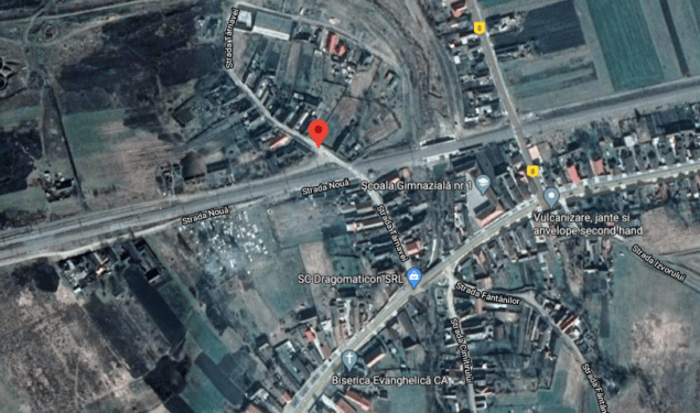 COPŞA MICĂ: O firmă a blocat un drum fără aviz