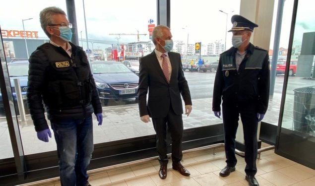 Poliţiştii îl acuză pe prefectul Creţu de abuz