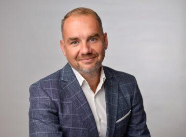 """Horaţiu Marin, candidat la Primăria Sibiu: """"Educaţia necesită atenţia Primăriei"""" (CP)"""